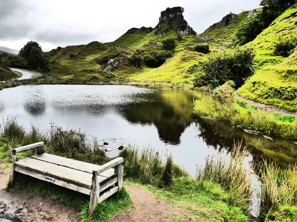 Castle Ewen im Fairy Glen mit Teich