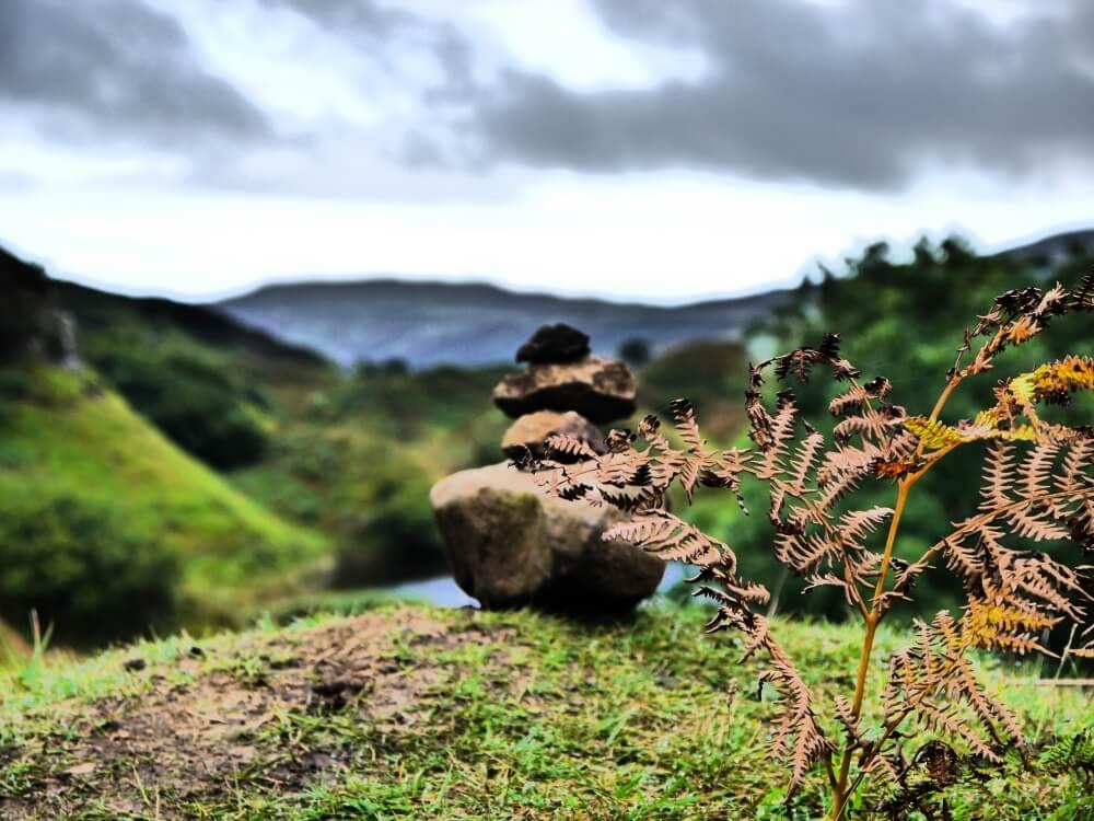 Mini Steinturm im Fairy Glen auf der Isle of Skye